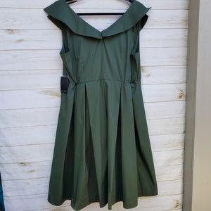Eloquii Dresses - NWT Eloquii dress 16 sexy retro midi olive